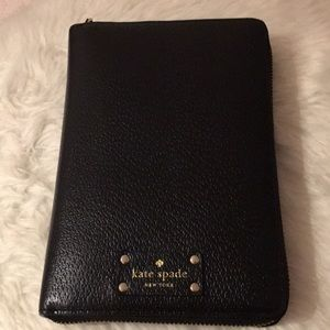 Kate Spade zip around personal organizer
